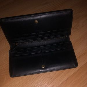 Marc Jacobs Bags - Designer Tossed Charms Leather Wallet!